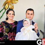 Rosalina Villarreal del Cruz y Ramiro Cruz Velderrain junto a su hija Rosalina