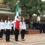 Alumnos de USM conmemoran día de la bandera
