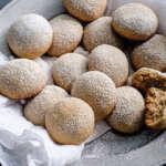 Prepara estas galletas de besitos de nuez; receta fácil y deliciosa