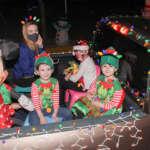Instituto Senda, celebra la llegada de la época decembrina con gran caravana