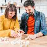 Juegos de mesa para divertirte con tu pareja en casa